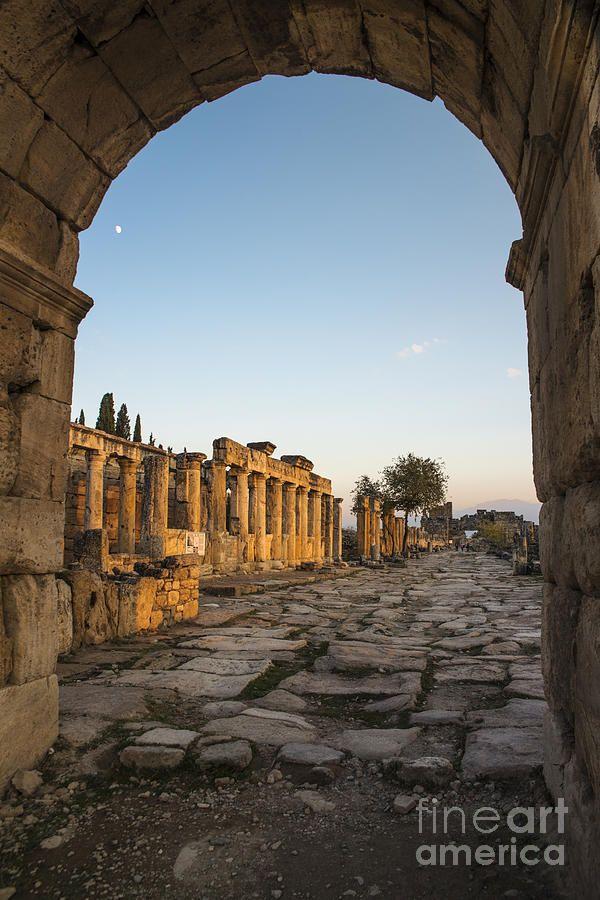 Walking The History In #Hierapolis #Turkey