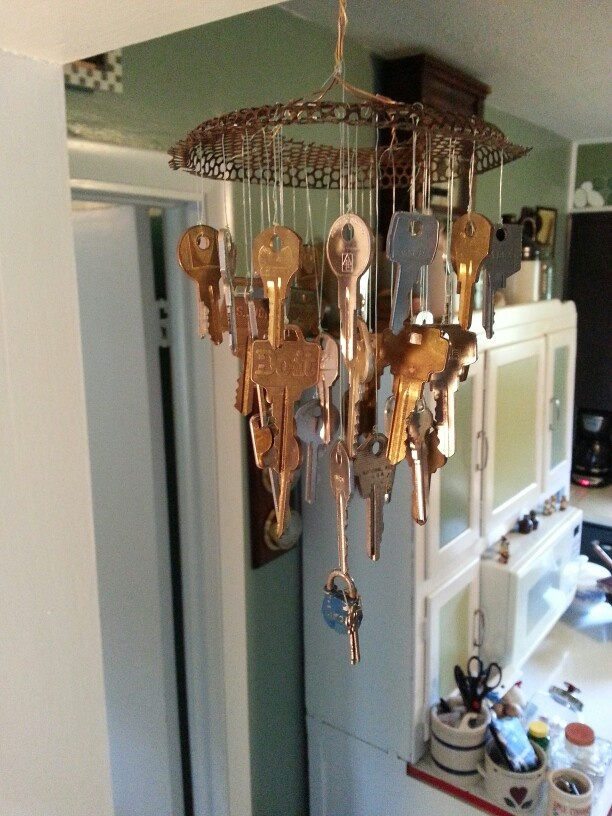 Made this wind chime from old keys misc art for Art made with keys