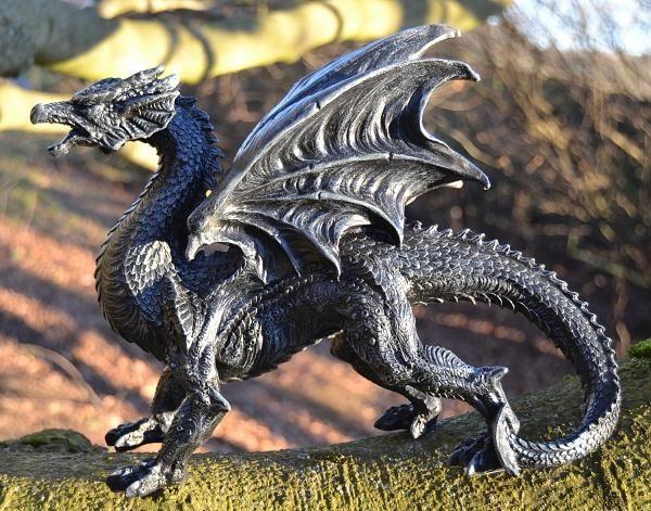 Socha exclusive mytology - Černý drak - 31 cm - eshop Bombastus