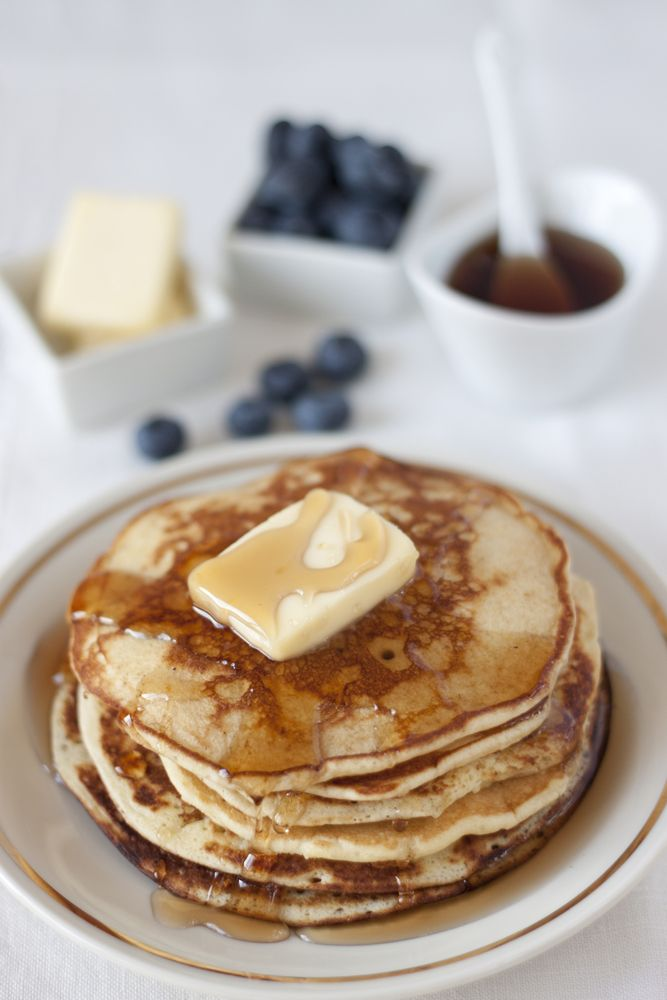 Troverai il tutorial di come realizzare questo scatto su http://www.cucinaefotografia.it/tutorial-cucina-e-fotografia/item/113-tutorial-come-cucinare-i-pancake-e-come-allestire-il-set-fotografico