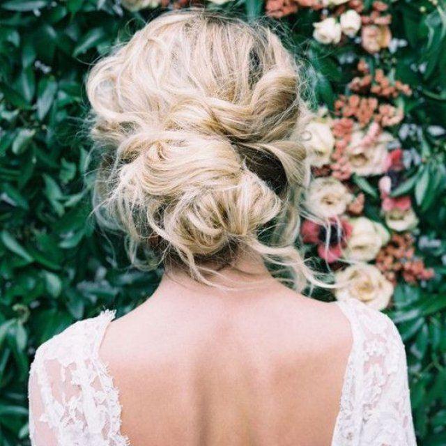 20 idées de coiffure pour être la reine de la soirée