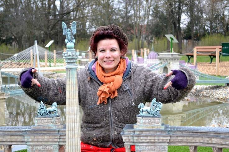 War and Peace...These are the sculpture's name seriously:)/  Nemeth Hajnal Aurora Artist Ma ·  Engedélyezve az Idővonalon  Háború és Béke.De tényleg ez a nevük:) Mini Magyarország Makettpark Szarvas/Mini Hungary Modelpark
