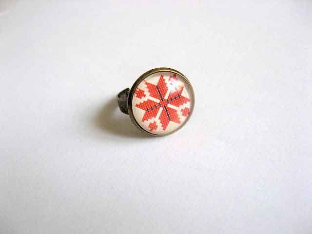 #Inel cu #model #geometric, inel #reglabil cu #motiv #tradiţional #românesc, #cadou #femei / #Ring with #geometric #pattern, #adjustable ring with #traditional #Romanian #motif, #women #gift / #반지 #모양의 #기하학적 #무늬, #전통적인 #루마니아 #모티브의 #조절 #가능한 #반지, #여성 #선물 http://handmade.luxdesign28.ro/produs/inel-cu-model-geometric-inel-reglabil-cu-motiv-traditional-29179/