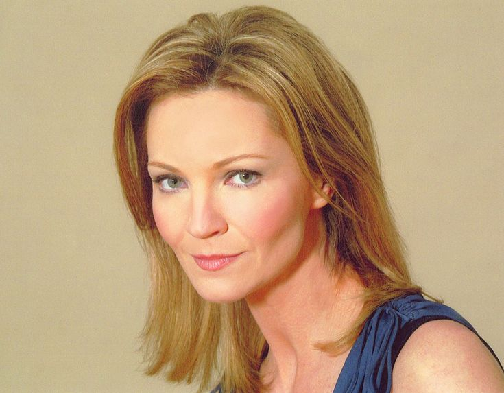 Tony-award winning actress Joan Allen has joined ABC's untitled Jenna Bans pilot.