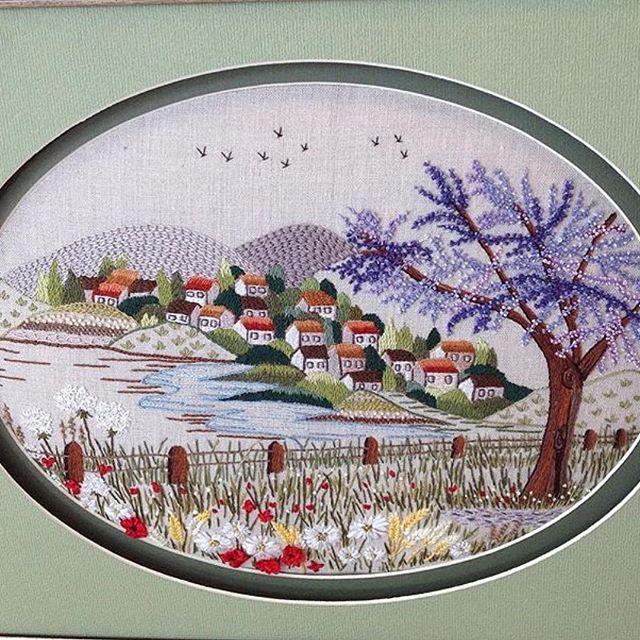 Manzara...Landscape...#küçükşeyler #landscape #manzara #dekoratifnakış#nakış#embroidery#handmade#elişi#pano#