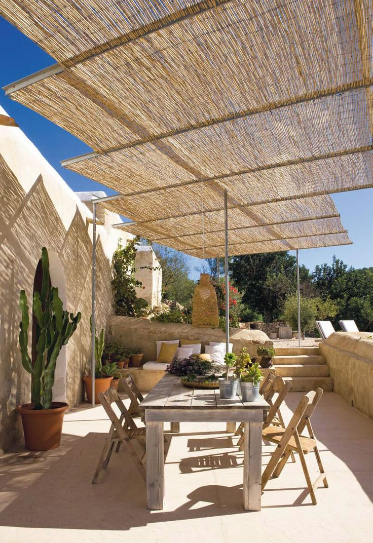 Glamorous bamboo fencing mode miami tropical landscape image ideas - Use Reed Fencing Or Bamboo Fencing To Achieve This Look
