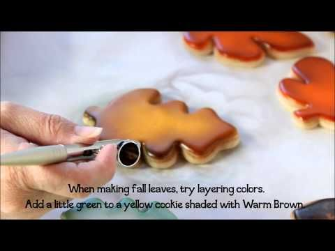 How to Airbrush Sugar Cookies by The Bearfoot Baker