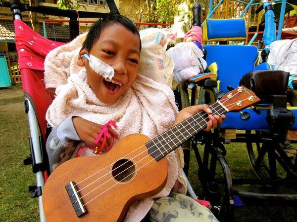Cultural Canvas Thailand: Art Relief International | Go Overseas