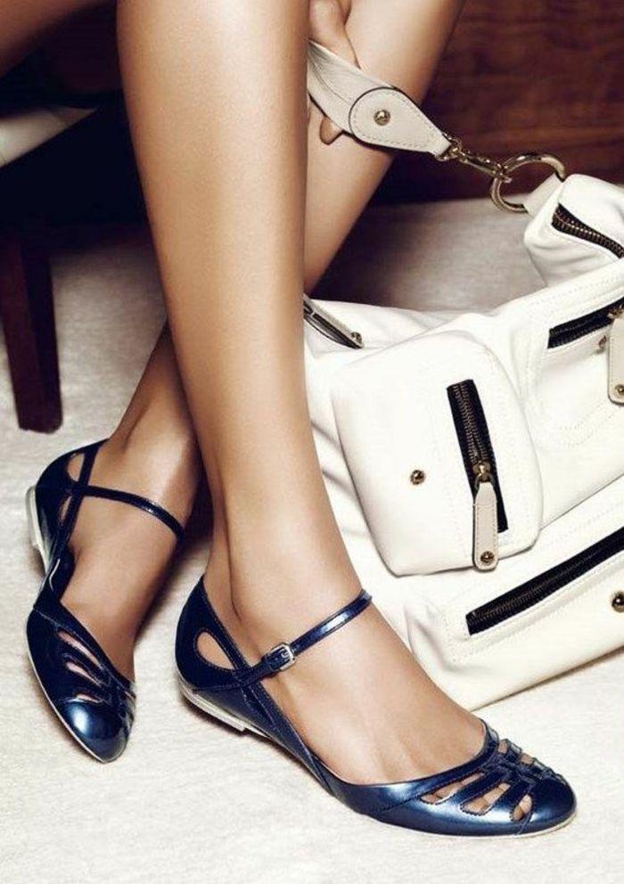 8f8cbae714e sandales pour femme en bleu nuit finiture brillant aux doigts couverts