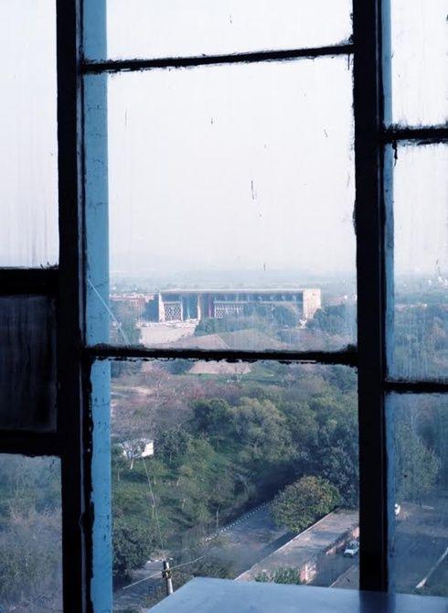 【ELLEgirl】インドの都市チャンディーガルを写したホンマタカシ『Chandigarh』展が開催 エル・ガール・オンライン