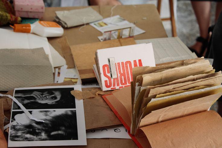 UNIQUE - costruire un libro è l'appuntamento dedicato al libro d'artista, un ciclo di workshop dove progettare, comporre e rilegare il proprio libro.