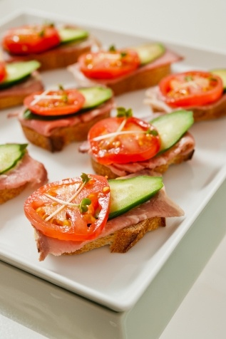 11 best images about cassie 39 s reception food on pinterest for Canape reception