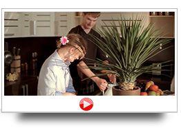 KINO–SKAZKA.RU  - команда профессионалов представляет полный спектр услуг кинопроизводства: написание сценария, техническое обеспечение съемок, монтаж, озвучивание, компьютерная графика и спецэффекты: