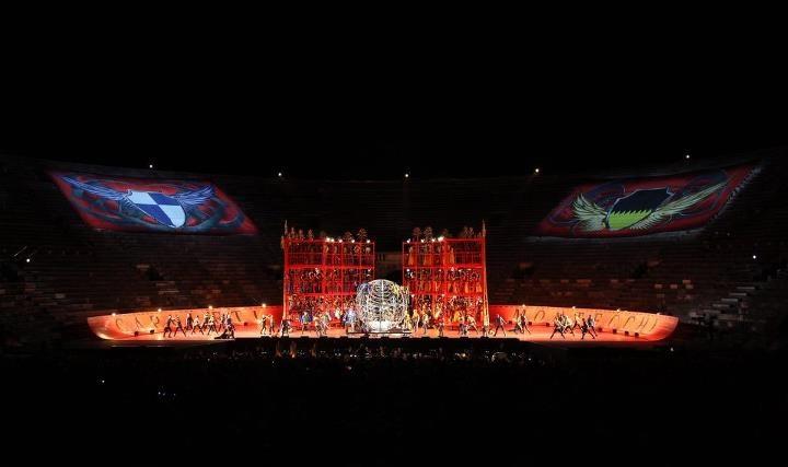 www.arena.it Arena di Verona, Roméo et Juliette by Charles Gounod. 2011