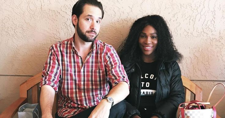 'Good Swaddling, Serena!' Pregnant Williams and Fiancé Alexis Ohanian Take 'Baby Class'