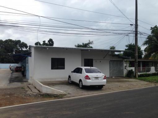 Se alquila local en $300 en área comercial! David, Chiriquí. Prestige Panama Realty Commercial for rent ONLY $300 in a commercial area. David, Chiriqui