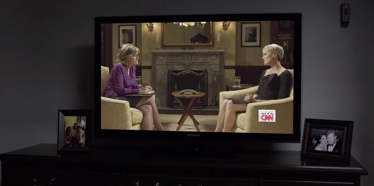 Samsung TV and CNN TV channel in HOUSE OF CARDS: CHAPTER 17 (2014) @samsunghome @cnni