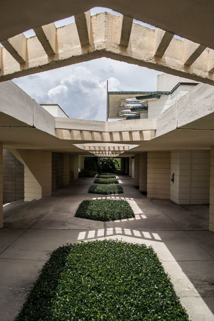 Florida Southern College, Lakeland, Florida  |  Frank Lloyd Wright, architect