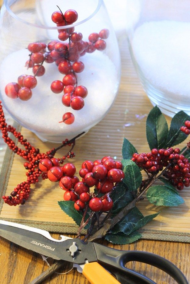 The holidays are fast approaching and I am here today with a super simple snow and cranberries holiday centerpiece that you can put together in just minutes. Grab a few supplies from your local Old Time Pottery to make this festive addition to your holiday table. To make your own snow and cranberries holiday centerpiece you will...