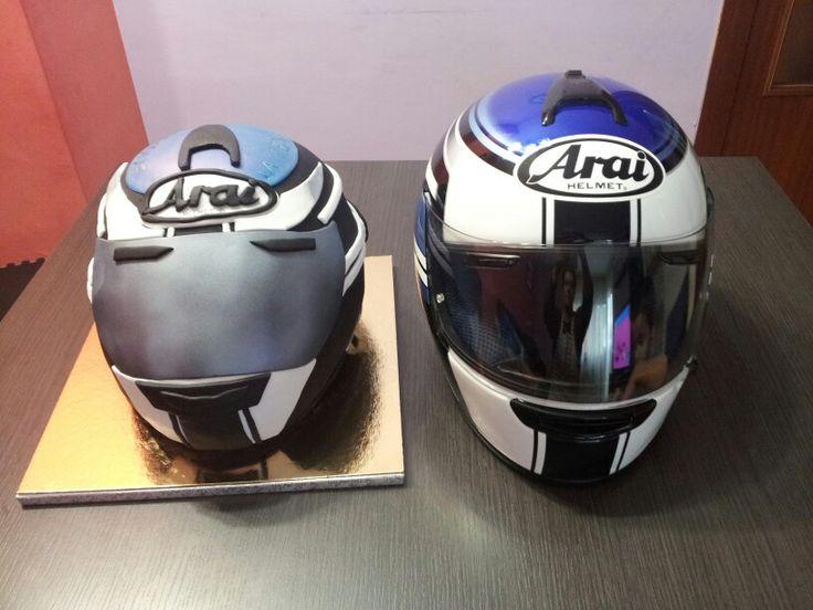 Tarta casco de.moto/helmet cake