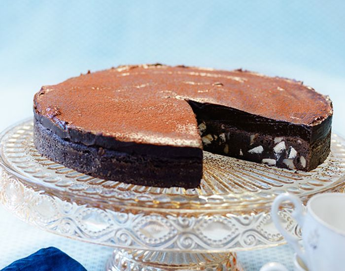 Lækker chokoladekage med 70% chokolade på kun 45 min. - Måltid