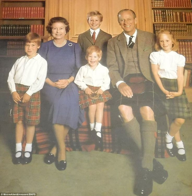 1987: The royal couple with grandchildren (left-right), Prince William, Peter Phillips (standing), Prince Harry and Zara Phillips