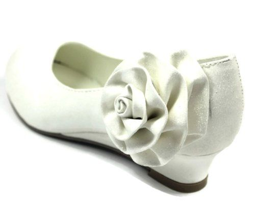 Baby-02 White Little Girl Children Toddler Child Youth Ballet Flats Low Heels Flowers Pageant (3) CC http://www.amazon.com/dp/B00AGR4GFM/ref=cm_sw_r_pi_dp_Ay2Rtb0GQ3X7HK1A
