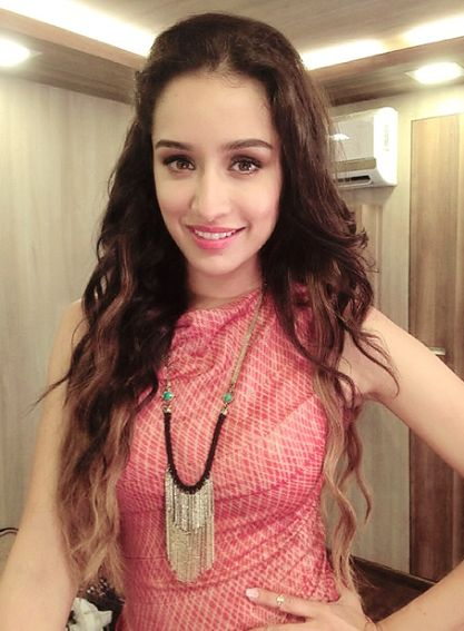 Shraddha Kapoor Shared her Cutest Selphie