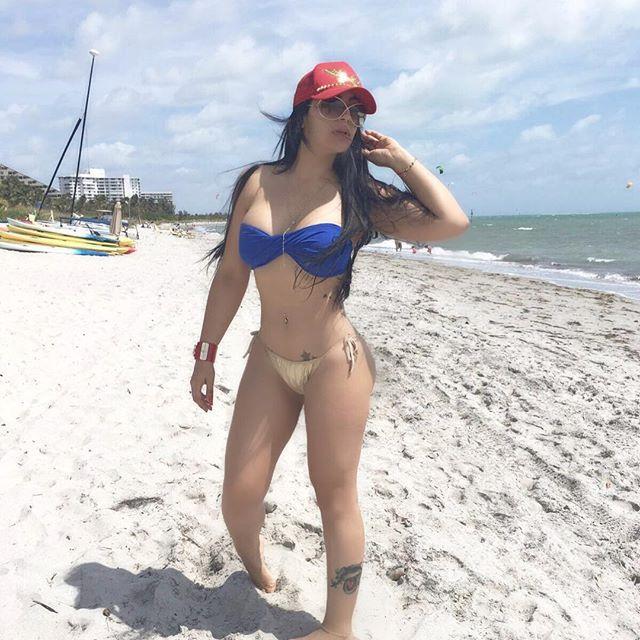 hot latin in dominican republic gratis