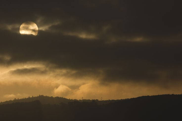 Sunrise - This photograph was taken on january 23th. So happy for this inspirational sunrise.   Hope you like it.