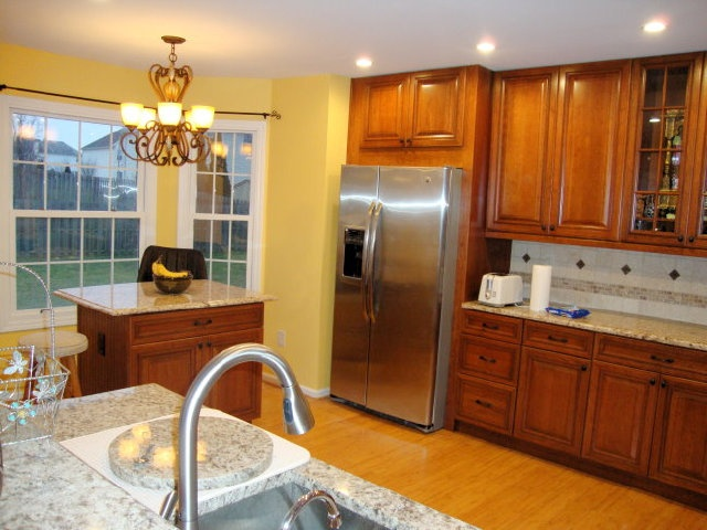 Decora Cabinets Installed By Master Kitchen And Bath Design In Southampton,  Pa