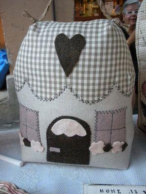 Casetta fermaporta oggetti casa pinterest - Fermaporta di stoffa ...
