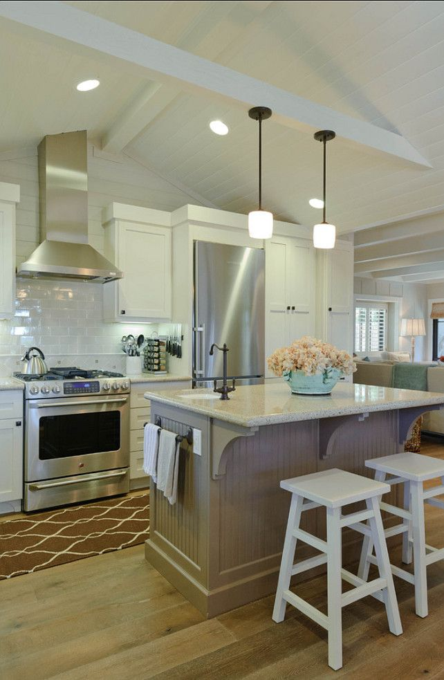25 Best Ideas About Vaulted Ceiling Kitchen On Pinterest