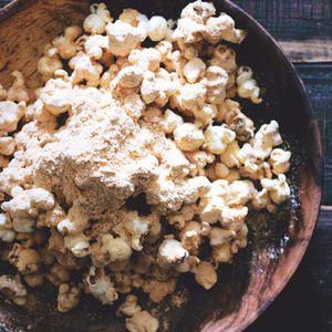 黒蜜ときな粉を多めに使った和風のポップコーン