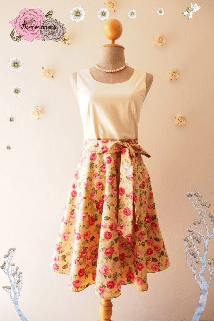 NOW SALE--Yellow-Brown Rose Dancing Vintage Floral Dress Floral Summer Dress Floral Tea Dress Swing Bridesmaid Dress -xs-xl, custom by Amordress on Etsy https://www.etsy.com/listing/223996170/now-sale-yellow-brown-rose-dancing