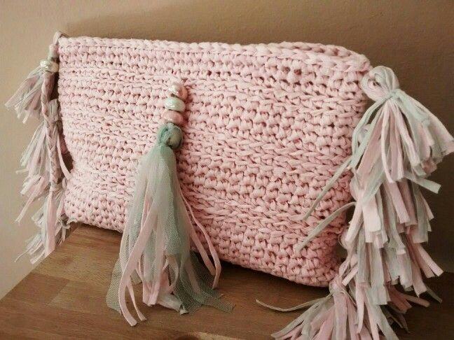 Bolso ligero en rosa cuarzo. x