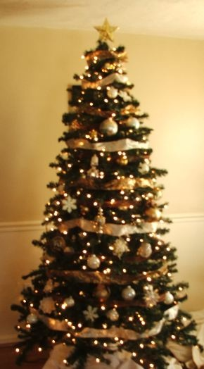 17 best images about christmasvtrees on pinterest for White christmas tree gold