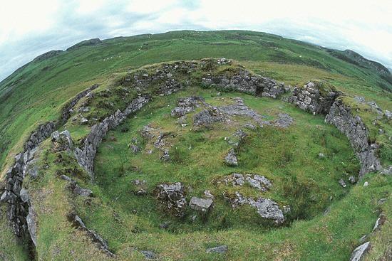 Craig na dun, Scottish highlands. The Outlander!! I want to go here someday.