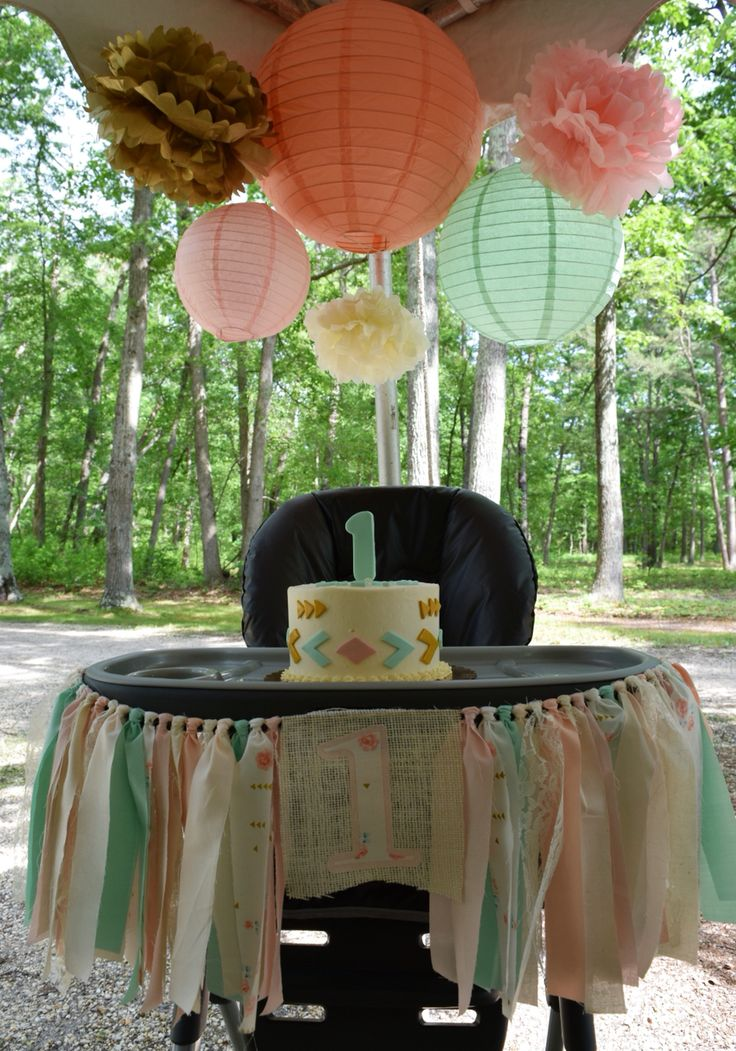 Boho tribal pow-wow smash cake display