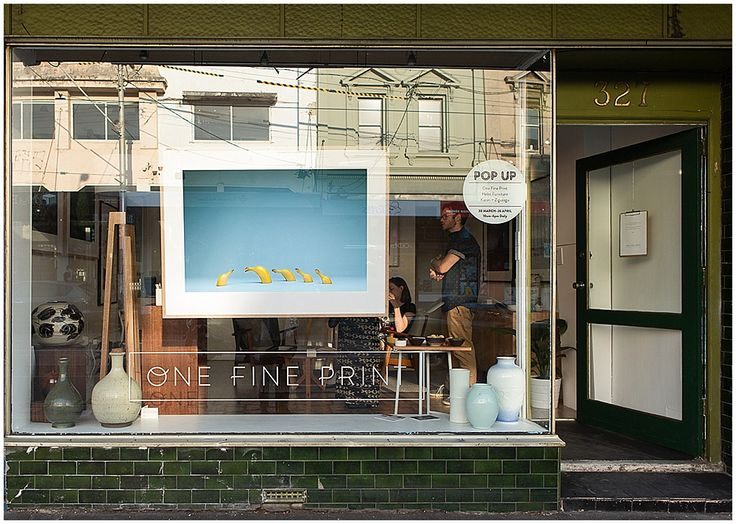 Graze I by Photographer Mark Lobo in One Fine Print Pop Up window