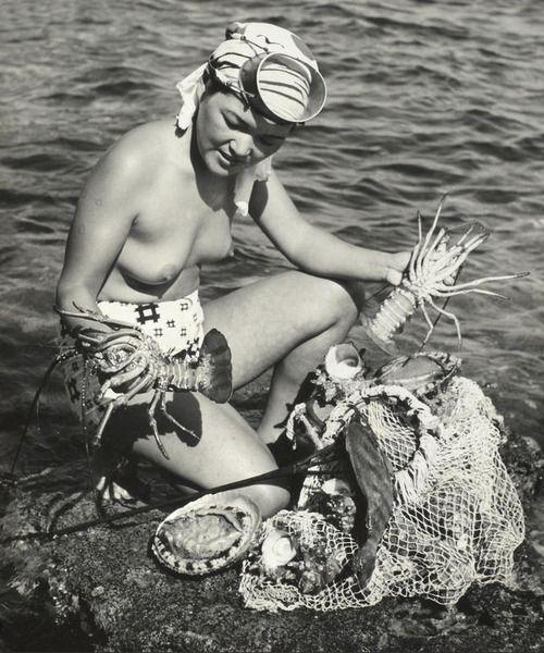 by Iwase Yoshiyuki Ama diver, Japan, 1955