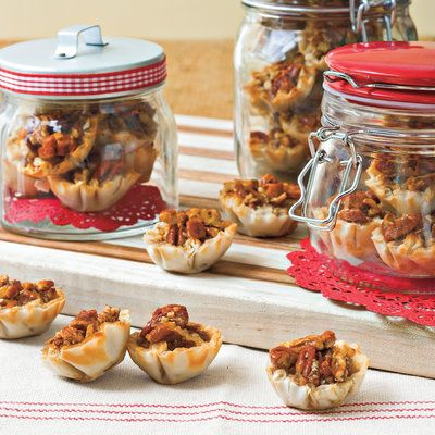 Food Gifts for Christmas: Crunchy Pecan Pie Bites