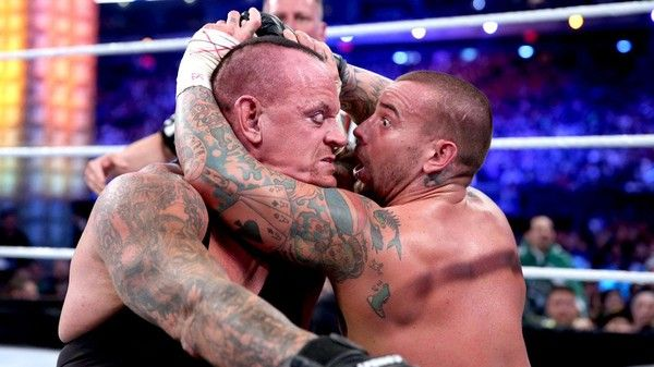 I love the look on CM Punk's face when the Undertaker rose up at Wrestlemania 29!!!