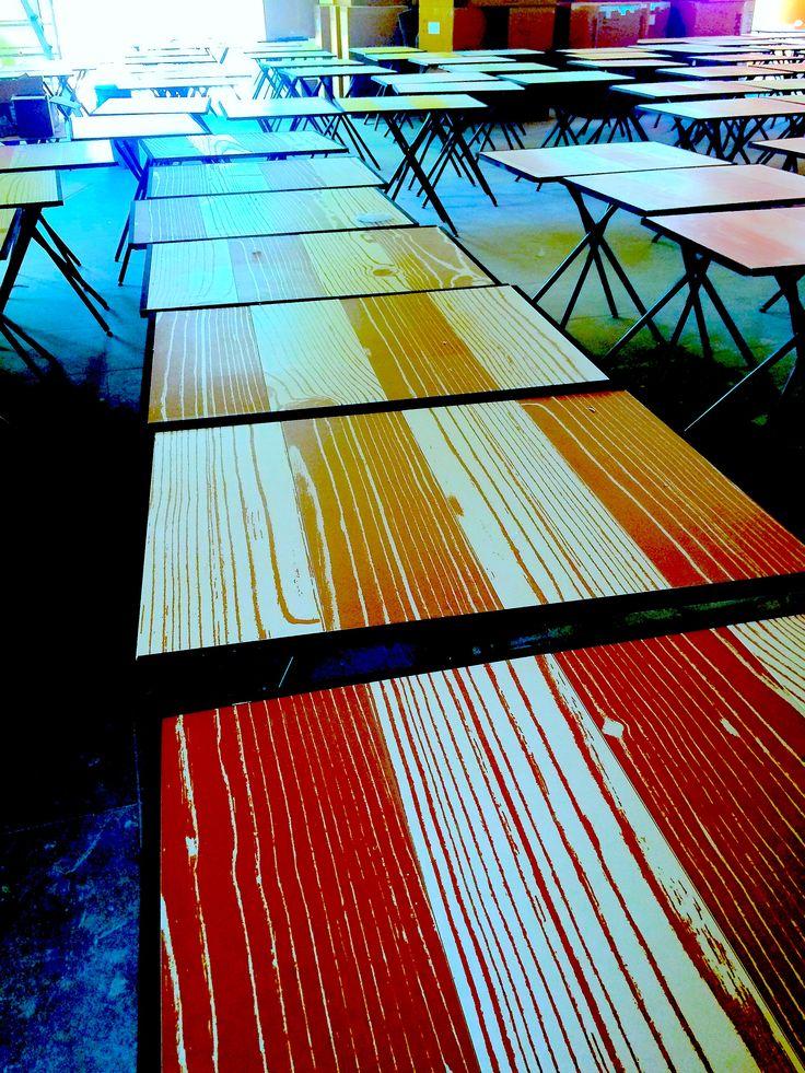 """100 tavoli realizzati per il ristorante AsianFusion GingerMoon a Bologna grande stabilità , per le piccole dimensioni del Tavolo soli 64x84 cm  piano in ceramiche """"14OraItaliana"""" basamento prodotto su misura design Lauro Ghedini coll.A.Giordano"""