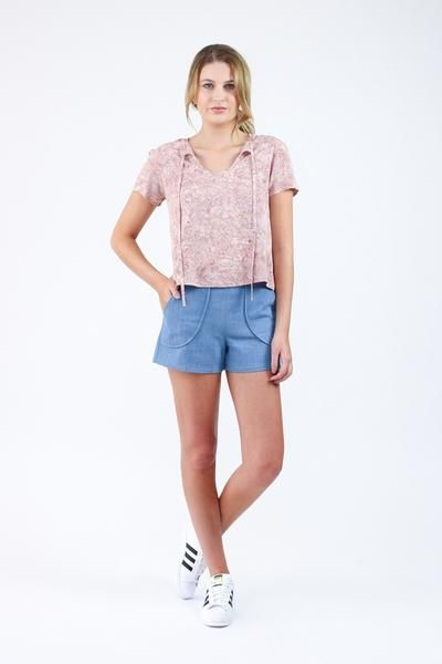 Stylish and comfortable shorts or pleated skort. Pattern sits just below the…