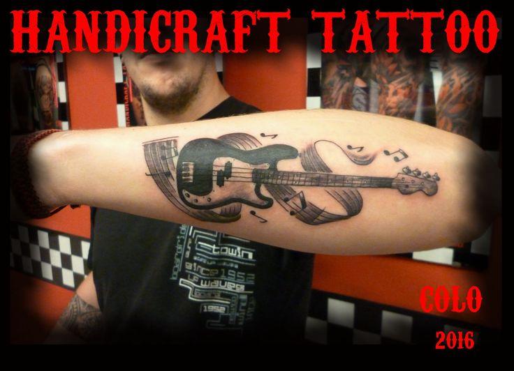 #tattoo colo handicraft tattoo #tatuaje #tattoo black and grey # tatuajes #handicraft tattoo mar del plata #bajo squier