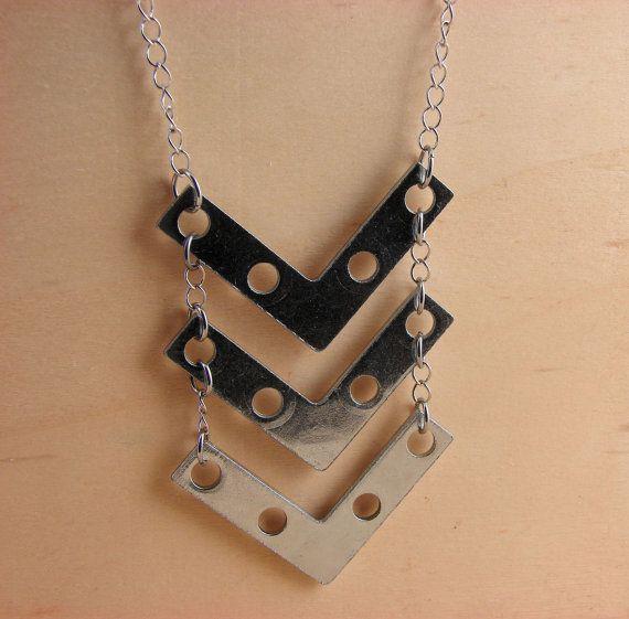 Chevron déclaration collier Long matériel bijoux par additionsstyle