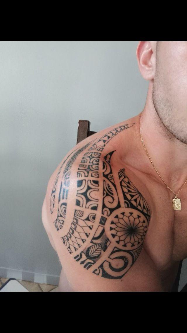 21+ Tatouage epaule homme maori trends