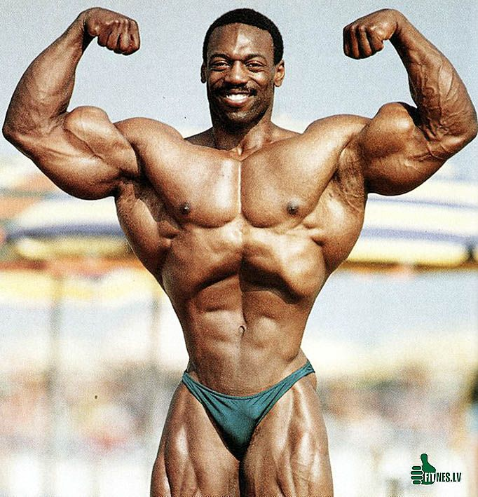 Bodybuilder small penis