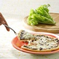 CHEESE MUSHROOM PIZZA http://www.sajiansedap.com/mobile/detail/1667/cheese-mushroom-pizza